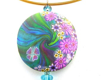 Flowery Round Pendant made of polymer clay