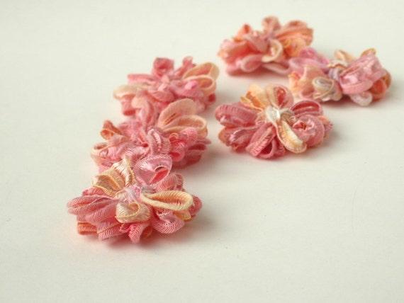 Flower Appliques in Peach Melba Ribbon, set of 6