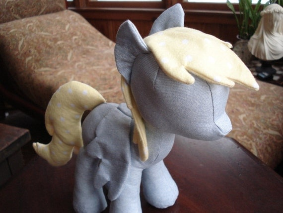 Pony Plush Sewing Pattern with Unicorn Horn and Pegasus Wings (Plushie, Stuffed Toy, digital PDF)