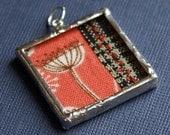 soldered quilt pendant - poppy.