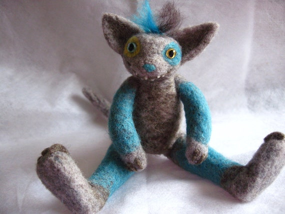 Wee Beastie - Cackles - Needle Felted Pocket Monster