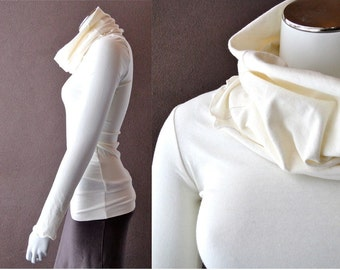 Pullover shirt with big cowl