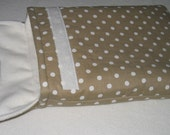 Kindle iPad sleeve - brown with white spot