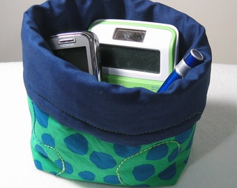 Mini bag -- Kaffe Fassett blue dots on green