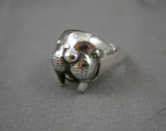 Sterling Walrus Head Ring
