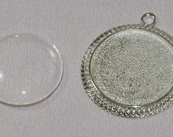 10 pcs 30mm Circle Pendant Trays with Decorative Edge with 10 Glass Cabochons (19-16-430)Blank Bezel Cabochon Setting