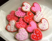 Pink and Red Hearts - Heart Decorated Cookies - Heart Cookies - Valentine Cookies -1 Dozen