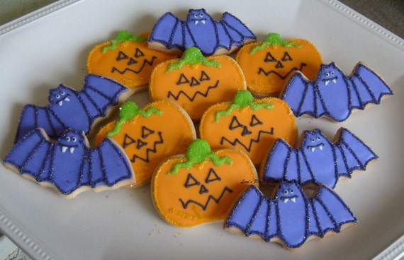 Bats and Jack O Lanterns - Halloween Decorated Cookies - 1 Dozen