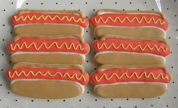 Where is OSCAR MEYER - Hot Dog - Decorated Cookie Favors - 1 - Dozen