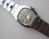 Ladies Silver Timex watch