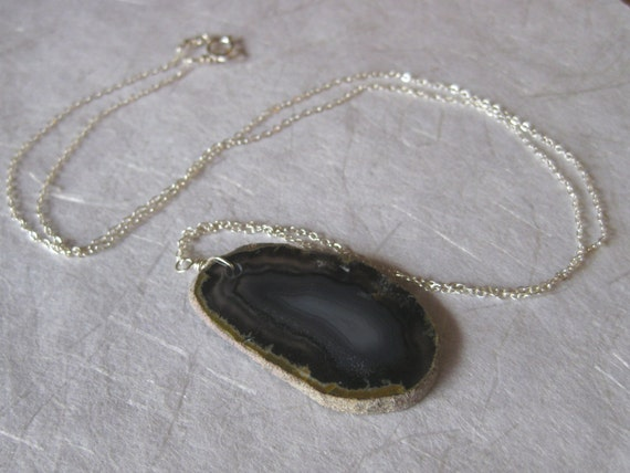 Blue Sliced Agate Pendant Silver Necklace