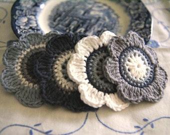 Set of 4 pcs Organic Cotton Crochet Flower Appliques in White, Ocean, Glacier and Moonstone