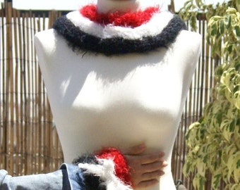 Fluffy Neckwarmer knitted in the technician - Tricotin and fluffy crocheted Fingerless Gloves