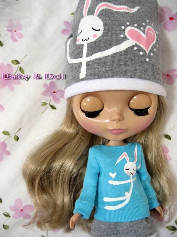 SALE - Blythe Shy Rabbit Outfit - love