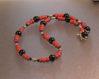 VINTAGE red white hearts, hill tribes silver and onyx sterling silver necklace
