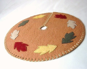 Hand Sewn Penny Rugs Style Fall Leaf Design Feather Tree
