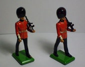 Vintage W. Britain Toy Soldiers