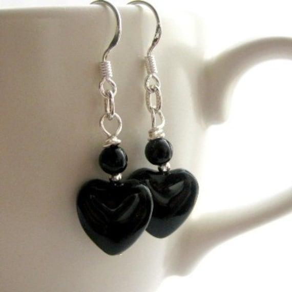 Black Heart Earrings. Onyx and Sterling Silver Earrings, Gemstones. Timeless Hearts