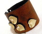 Rustic leather bracelet with hearts
