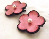 Pink flowers hair clips Set of 2