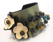 Leather bracelet with flowers SALE