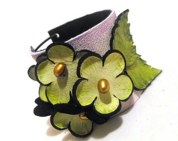 Green leather bracelet with leaves and flowers