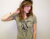 Women tshirt / t shirt for women - ladies top - for her / for women - animal fashion - Elephant shirt by RCTees