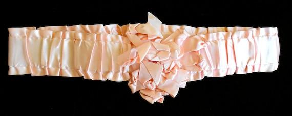 1920's Pink Silk Shirred Headpiece