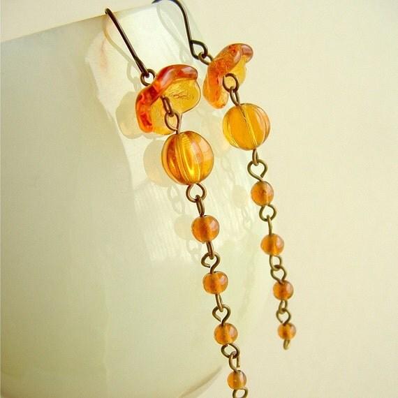 Amber Dangle Earrings Vintage Glass Beads Topaz Honey Yellow Jellyfish Jewelry