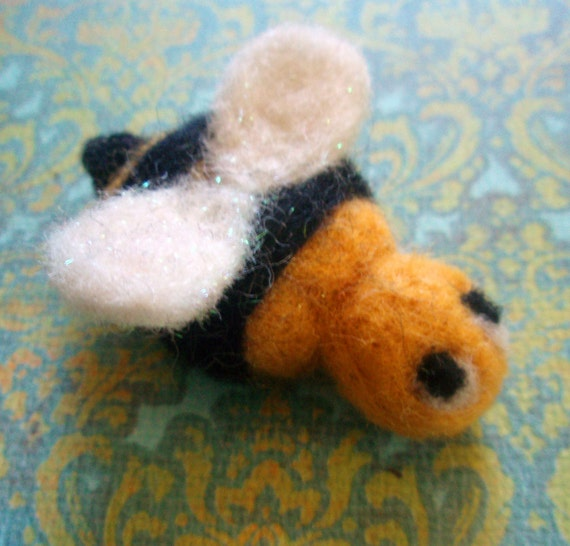 Felted Bee - Felt Bee - Bzzy Bzzy the Needle Felted Bee - Needle Felted Bug