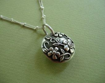 handmade silver floral lentil pendent necklace