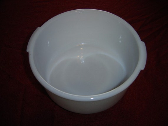 Vintage Antique Large Fire King Westinghouse Mixing Bowl Oven Ware Baking Milk Glass 1940s