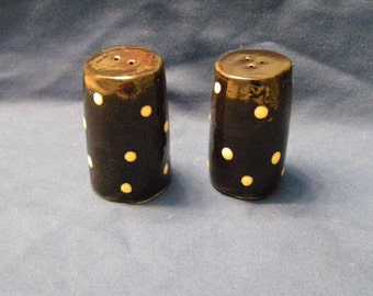 Black salt and Pepper Shaker with Yellow Dots