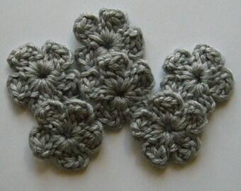 Gray Crocheted Flowers - Wool Flowers - Crocheted Flower Appliques - Crocheted Flower Embellisments - Set of 6