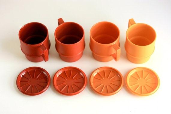 Vintage Tupperware Mugs with Coasters / Lids