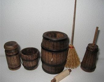 Dollhouse Tudor barrel,  kitchen accessories, broom bucket, churn. Twelfth scale, dollhouse items