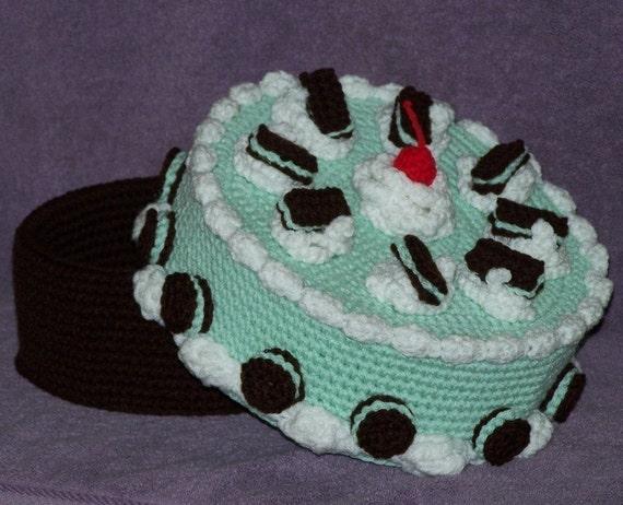 Chocolate Mint Treasure Cake PDF Crochet Pattern