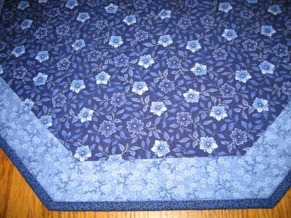 """Last One - Quilted Octagon Mat in Blue Floral - 22"""" diameter"""
