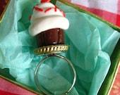 Single Red Heart Chocolate Cupcake Ring