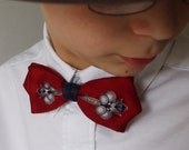 Vintage Clip On Bow Tie  Great Pattern