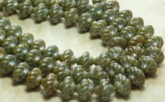 LIMITED 12x10mm Opaque Green Lumi Picasso Vintage German Saturn Glass Beads (B202)