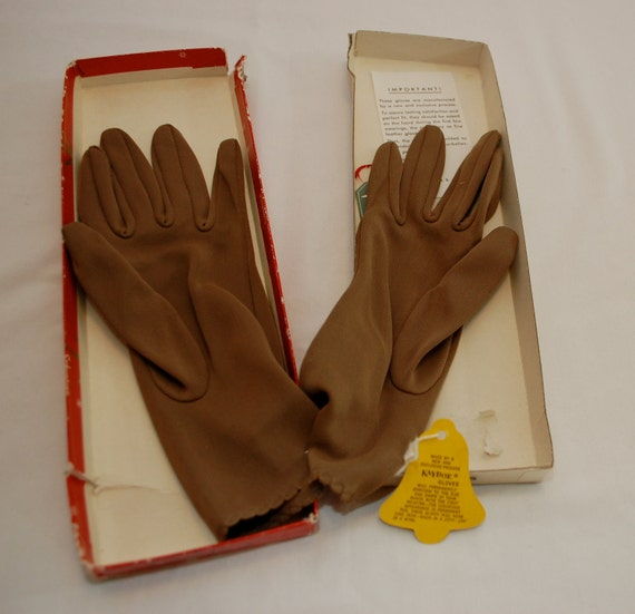 Vintage Gimbels Schusters Brown Ladies Gloves NEW in box one size fits all