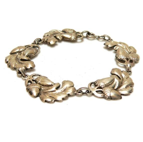 Antique Sterling Acorn Bracelet, Acorns and Leaves, Oak Leaf McClelland Barclay Style Bracelet, 1940s Sterling Silver Bracelet Thanksgiving