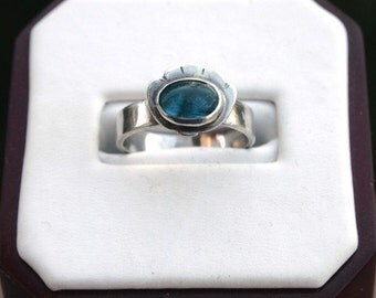 Sea Inspired Silver and Blue Apatite Stone Ring - Size 6.5