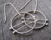 Circle connection earrings, argentium silver