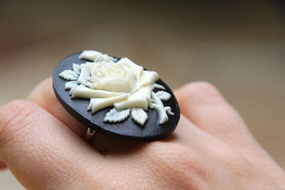 valentine gift for her . adjustable black cameo ring . vintage inspired victorian rose