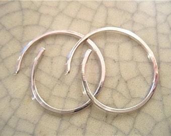 1 inch Hammered Sterling Silver Hoop Earrings 1 pair
