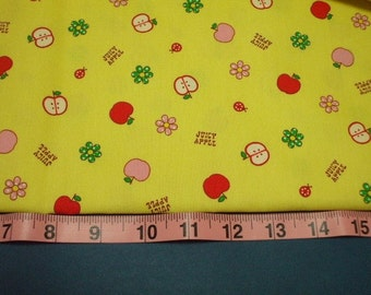 SALE - Juicy Apples on Yellow - Fat Quarter (ko100106)