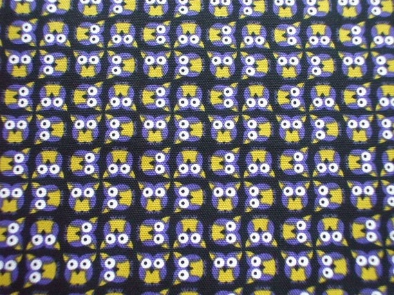 Kawaii Japanese Fabric - Cute Baby Owl on Black- Fat Quarter (i1023)