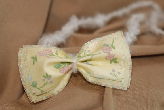 "Newborn Photo Prop ""Little Lovie"" Headband with Double Bow and Soft Crocheted Tie Back Band"